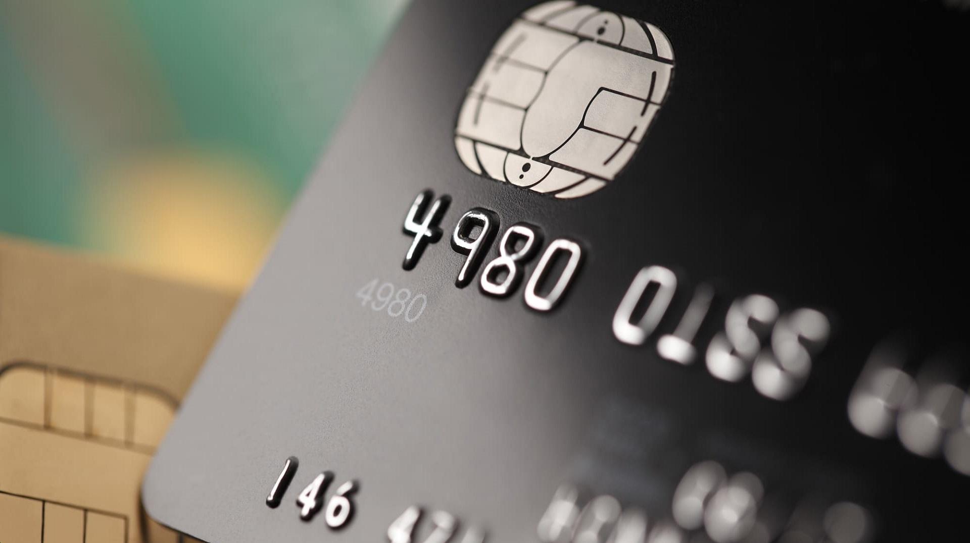 【比較】ブラックカードおすすめランキング 所有する条件や特典は?