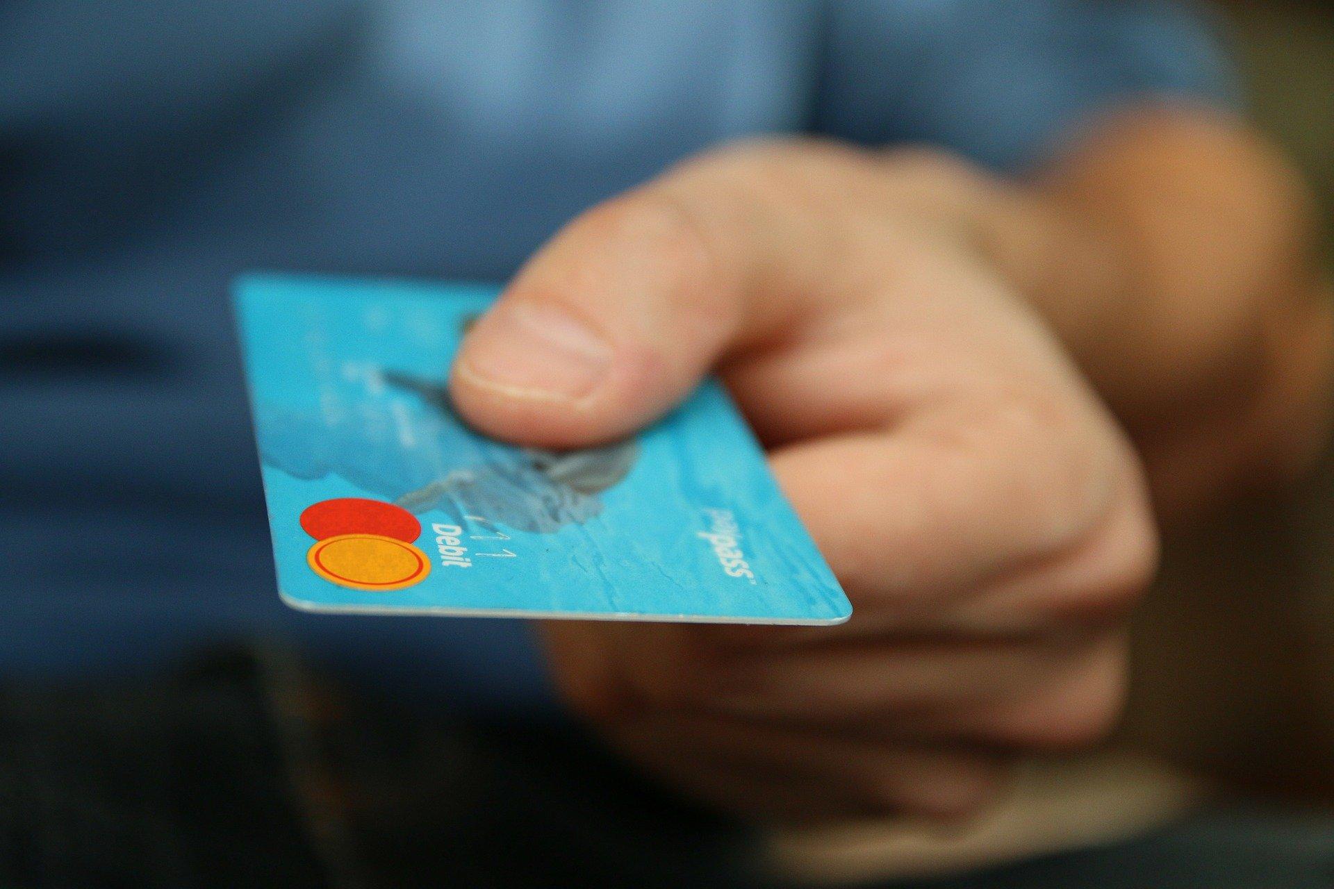 無職でもクレジットカードが作れた5つの方法・作れるカード5選