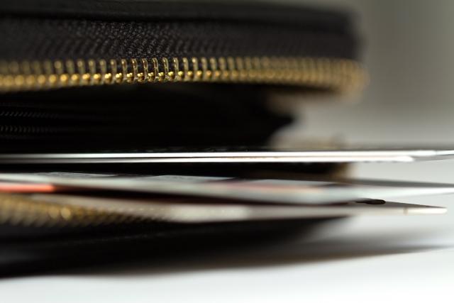 カードローンの金利を比較!金利の仕組みや人気カードローンを紹介